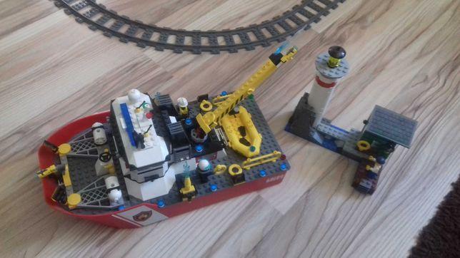 Lego statek