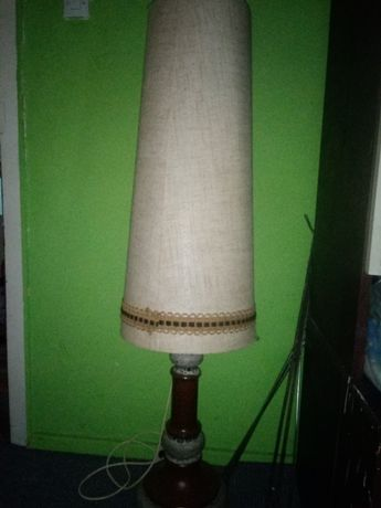 Lampa duża stojąca