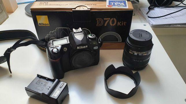 Nikon zestaw: D70 + Nikkor 18-70