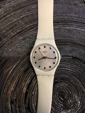 Продам часы Swatch.