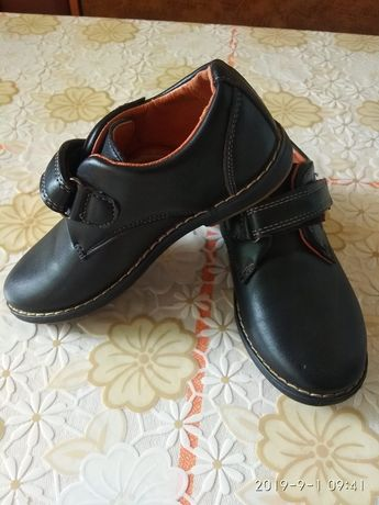 Туфли на ножку 28р.