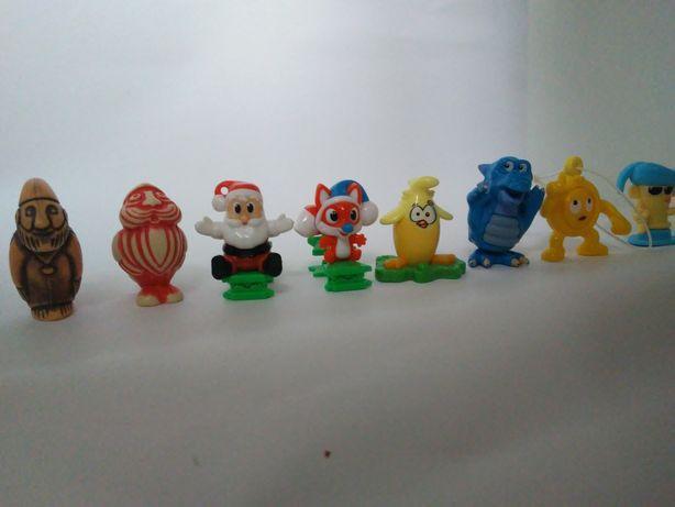 Sprzedam kolekcję figurek z Kinder Niespodzianek