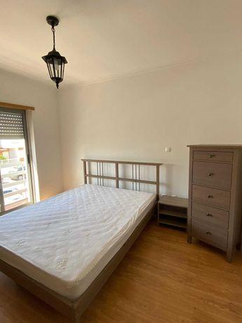 Vende-se mobília de quarto
