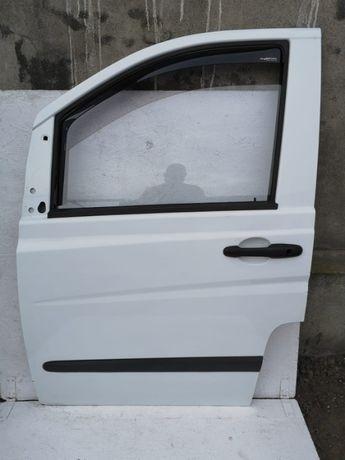 Mercedes Vito W639 drzwi prawy przód białe
