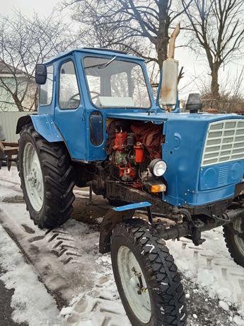 Трактор ЮМЗ 6 в гарному стані