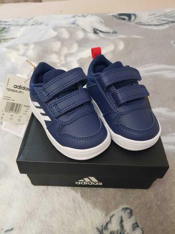 Кросівки Adidas Tensaur I S24053 19 розмір, сині.