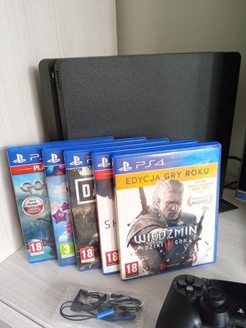 PlayStation4 Slim 500GB dwumiesięczna na GW! Ideał! 5 gier + gratis