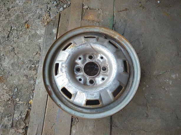 Колёсный диск r13