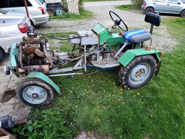Traktorek SAM, ciągnik SAM