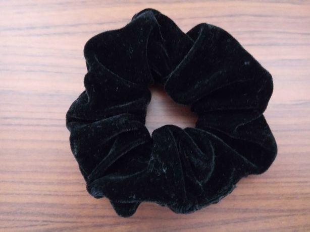 scrunchie em veludo preto - Novo