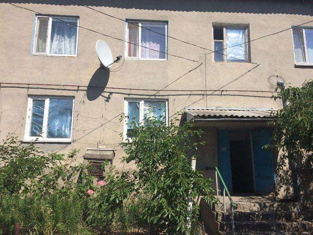 Продам 3-х комнатную квартиру, пгт Сарата, Одесская область.