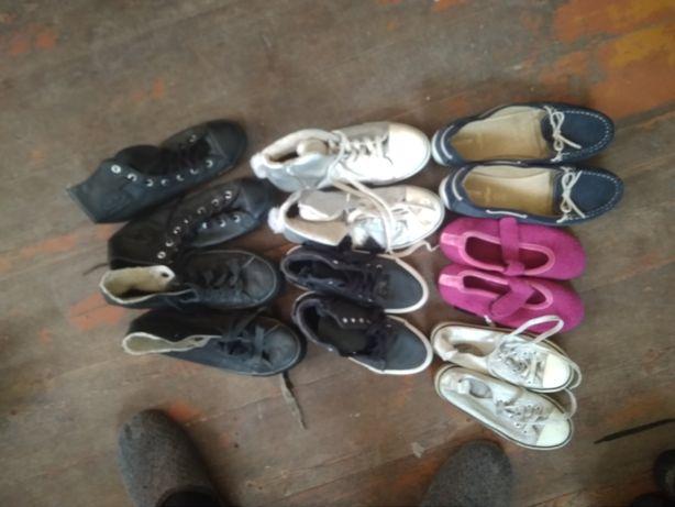 Кросівки кеди чобітки