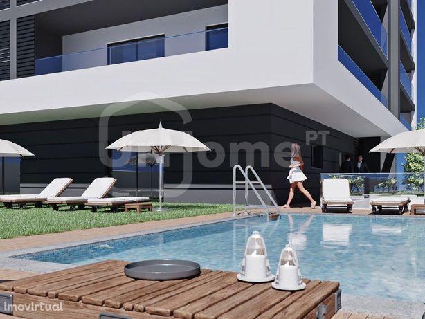 Apartamento em condomínio privado com piscina em Portimão