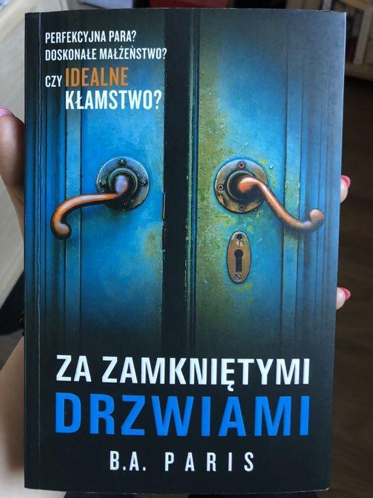 Książka Za zamkniętymi Drzwiami stan idealny Luzino - image 1
