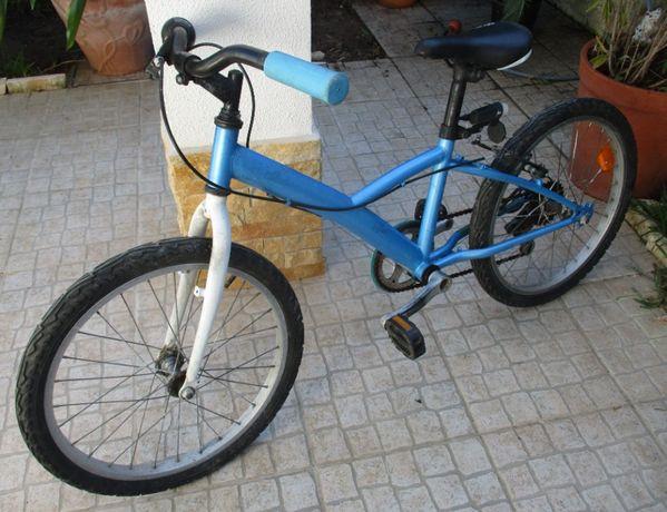Bicicleta criança usada a funcionar – Roda 20