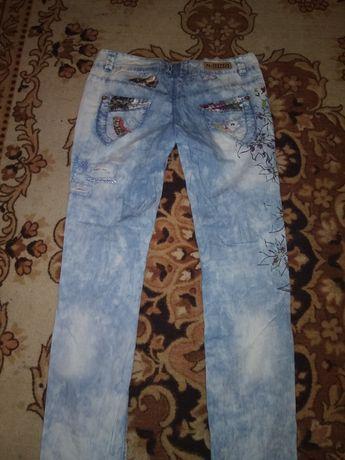 Продам джинсы и штаны,не дорого!