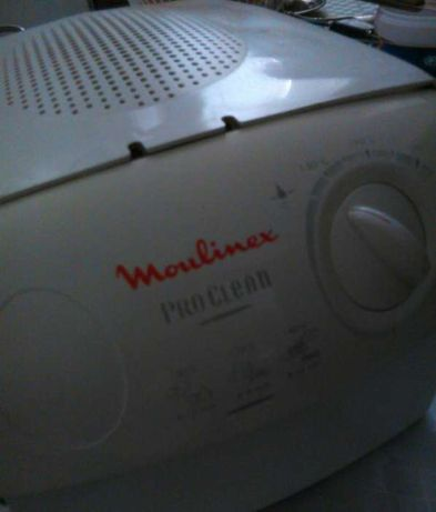 Vendo fritadeira eletrica marca Moulinex está como nova