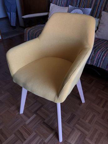 Cadeira Amarela SKLUM