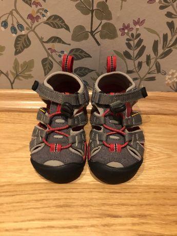 Sandały sandałki Keen rozm.24