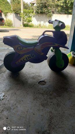 Детский мотоцикл - толокар