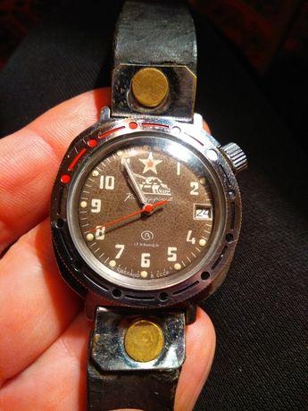 Продам советские наручные механические часы Восток командирские