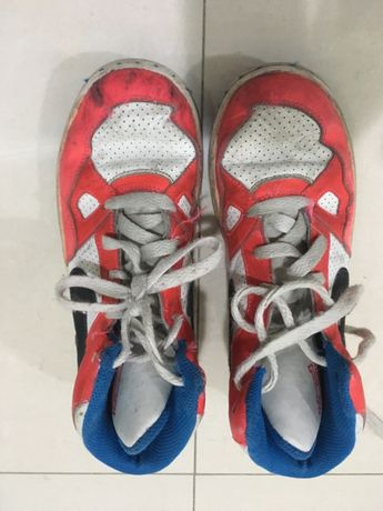 Ténis Nike bota vermelho branco e azul 33,5