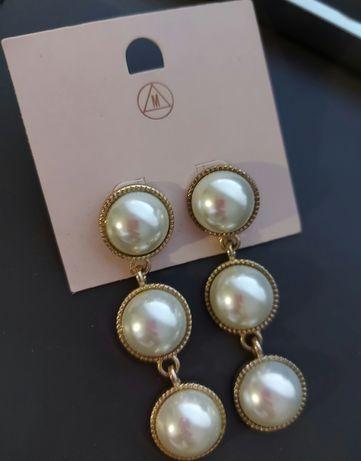 Missguided złote kolczyki z perłą