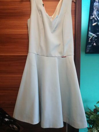 Piękna sukienka R. 38 / M / S /L