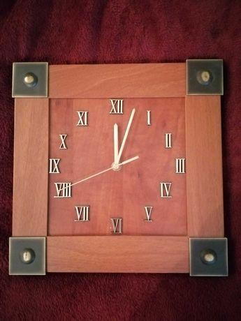 Zegar drewniany z kolekcji mebli Vox 30 cm