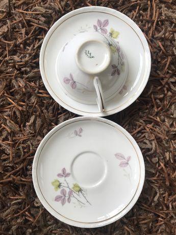 Vista Alegre Chávena chá muito antiga rebordo dourado com dois pratos