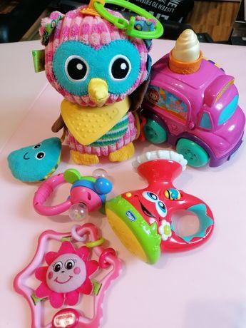 Zabawki sensoryczne, grzechotki