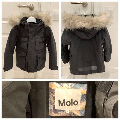 Зимняя куртка от фирмы MOLO