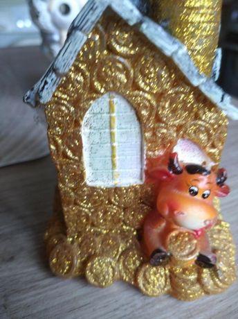 Золотой новогодний домик