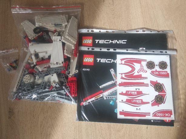 Lego Technic 42040