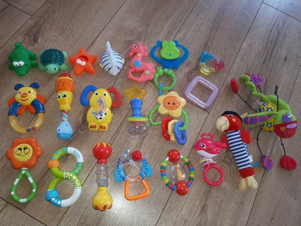 Zestaw zabawek grzechotki, gryzaki dla niemowlaka i pluszaki