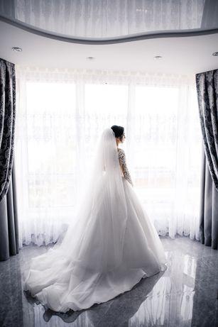 Весільна сукня від Katy Corso