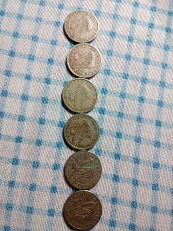 Moedas de 2$50 da década de 60