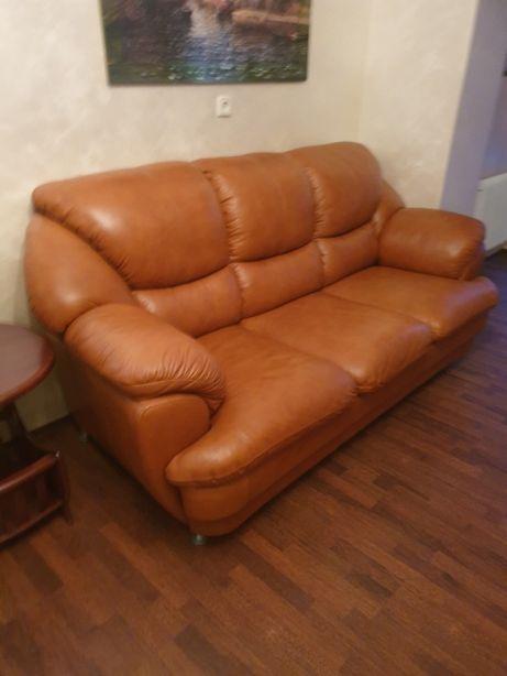 Диван раскладной и кресло, натуральная кожа.