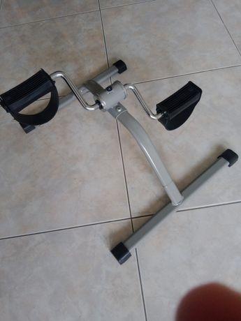 Mini bicicleta estática para exercicios