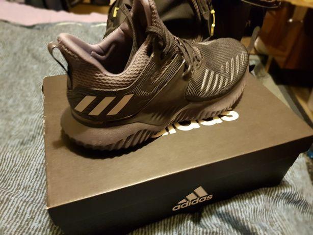 Nowe buty Adidas rozmiar 40.2/3
