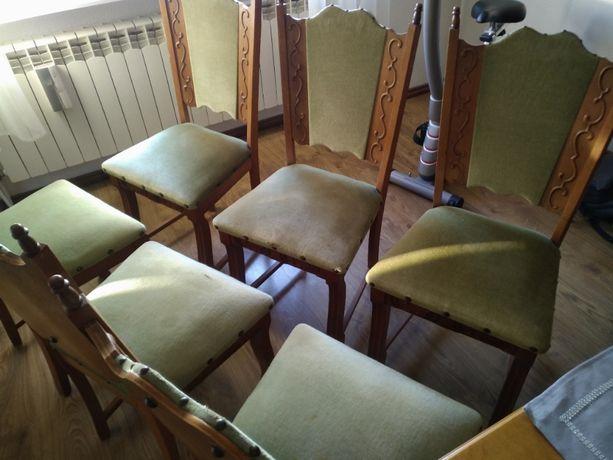 Krzesła drewniane tapicerowane