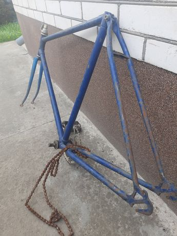 Продам велосипедную раму