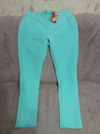 Літні жіночі брюки