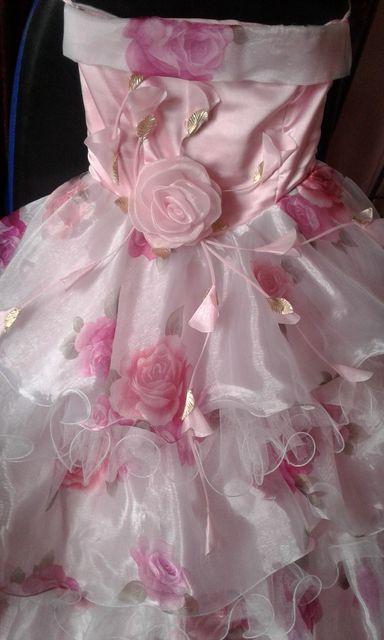 Нарядное платье. Платье на выпускной. Бальное платье. Платье на прокат