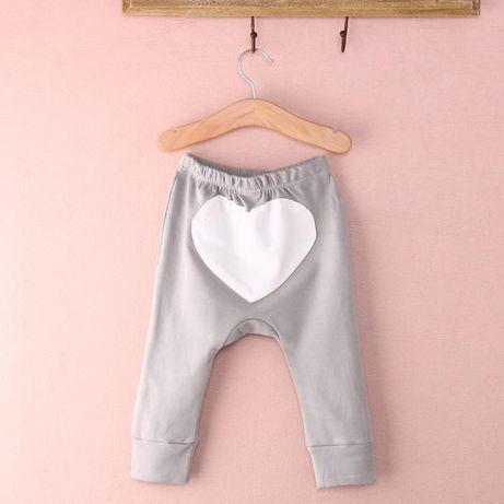 Spodnie, legginsy z sercem