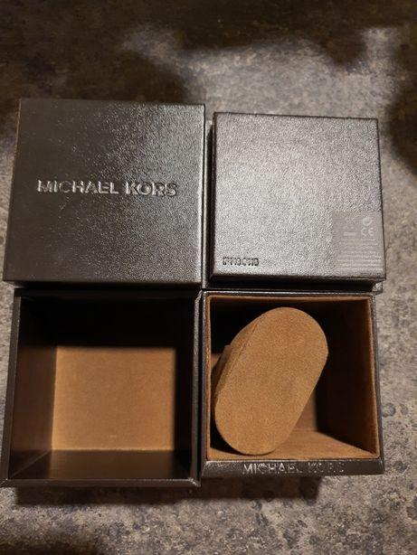 Oryginalne pudełka z zegarków Michael Kors