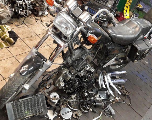 Honda vf 500 magna części