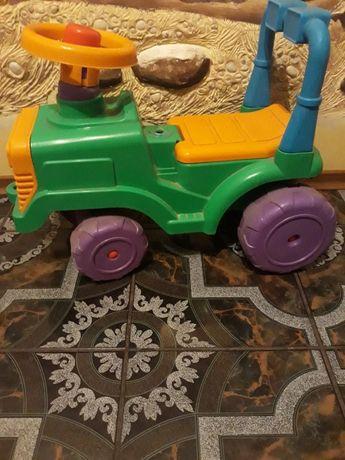 Продам трактор толокар производитель Украина