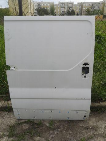 Drzwi boczne Vivaro Primastar Trafic