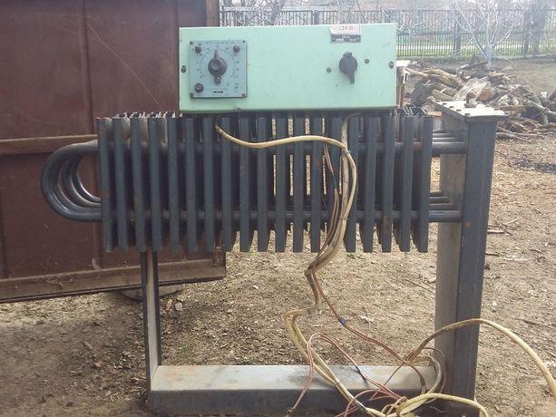 Продам электрический масляный радиатор